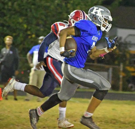 Kenwood Football Rises to the Top 25