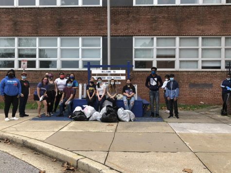 Various clubs gathering to clean up campus in the Fall.